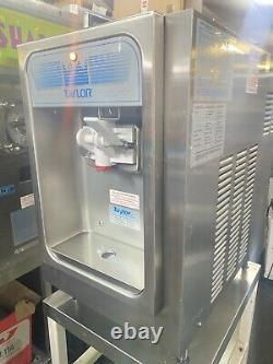 2016 Taylor 152 Counter Top Frozen Yoghurt / Ice Cream Machine, Excellent Cond